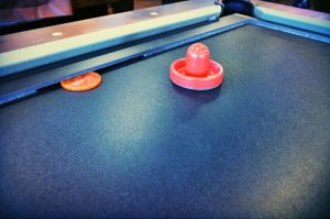 7' 9' glide hockey pool table insert